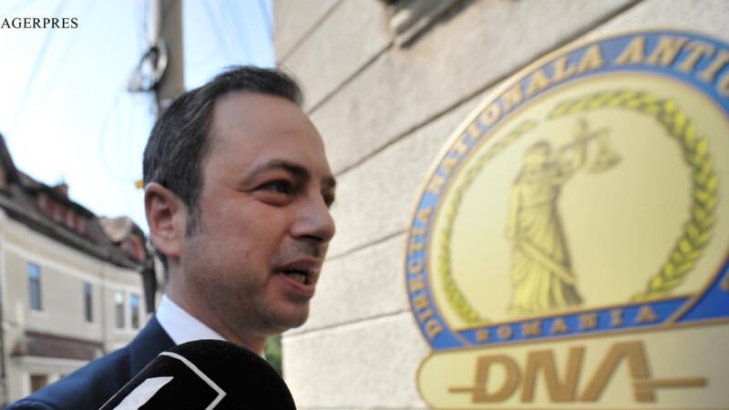 Vicepresedintele Camerei Deputatilor, Dan Motreanu, s-a prezentat la DNA, fiind citat de procurori intr-un dosar de coruptie. FOTO AGERPRES