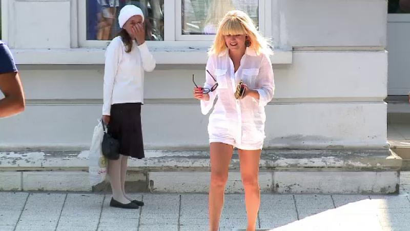Elena Udrea isi petrece vacanta la Mamaia si il regreta pe primarul Radu Mazare: \
