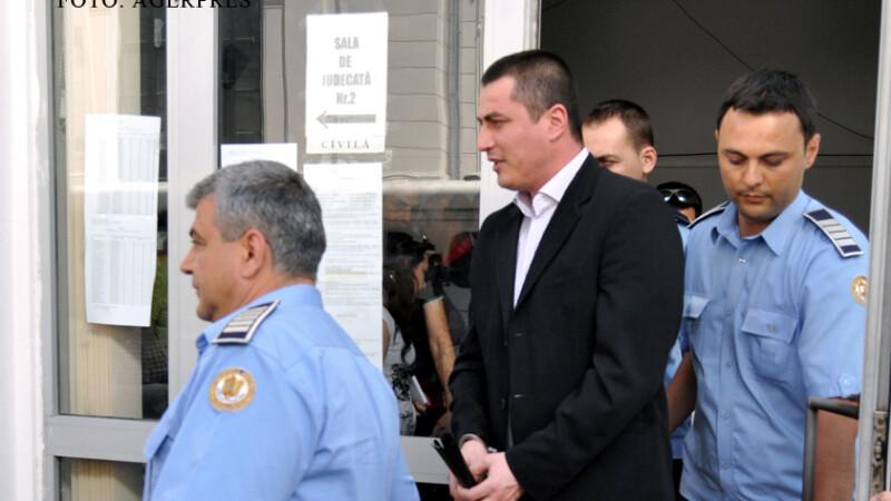 Cristian Cioaca va executa cei 15 ani si 8 luni de inchisoare. Magistratii i-au respins cererea de revizuire a pedepsei