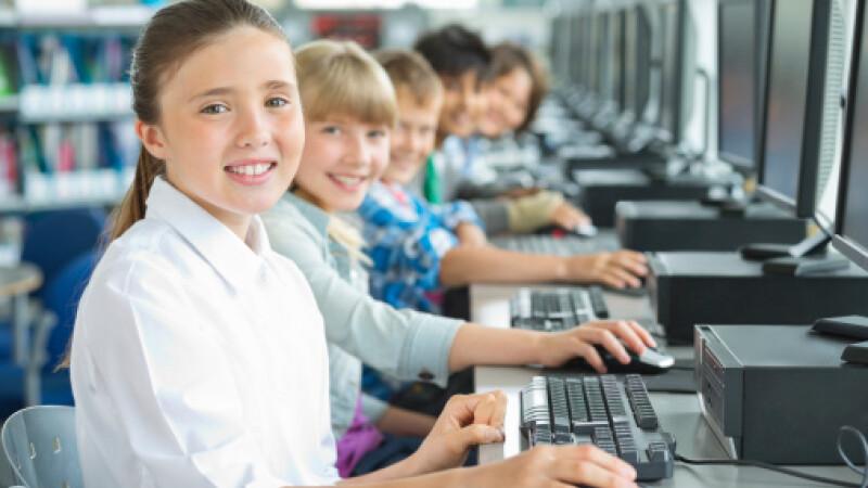 elevi, calculatoare, getty