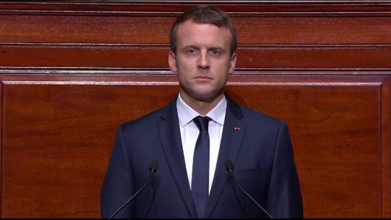 Emmanuel Macron: Nu ar trebui să ne arătăm niciodată slabi în faţa lui Putin