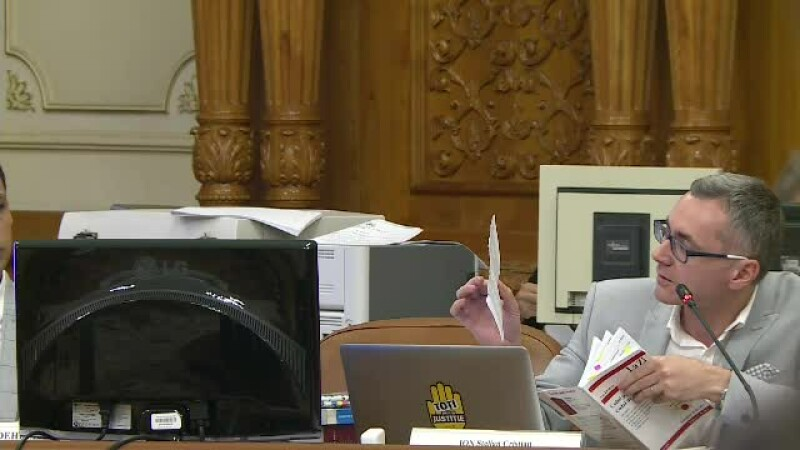 Un deputat USR a rupt Codul Penal, după ce a auzit propunerea ministrului Toader privind abuzul în serviciu