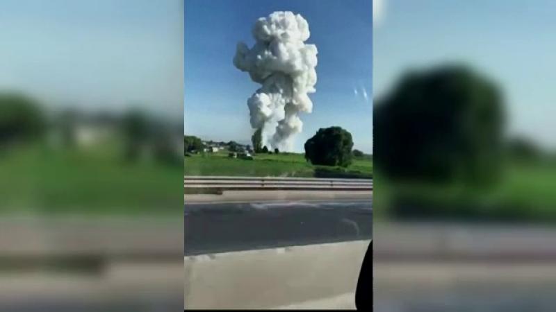 Clădiri în care se produceau ilegal artificii, distruse de explozii. 19 oameni au murit