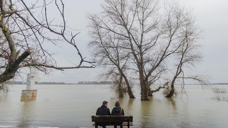 Dunarea a inundat faleza municipiului Galati.