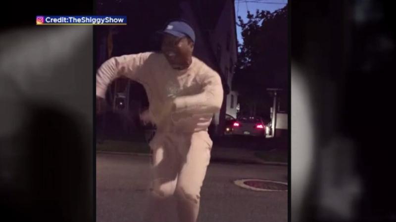Cântărețul Drake s-a prezentat într-un show cu un dans viral pe Instagram