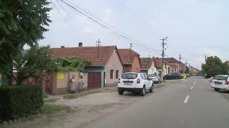Femeie din Arad, atacată în casă de doi bărbați. Au legat-o și au plecat cu 10.000 de lei