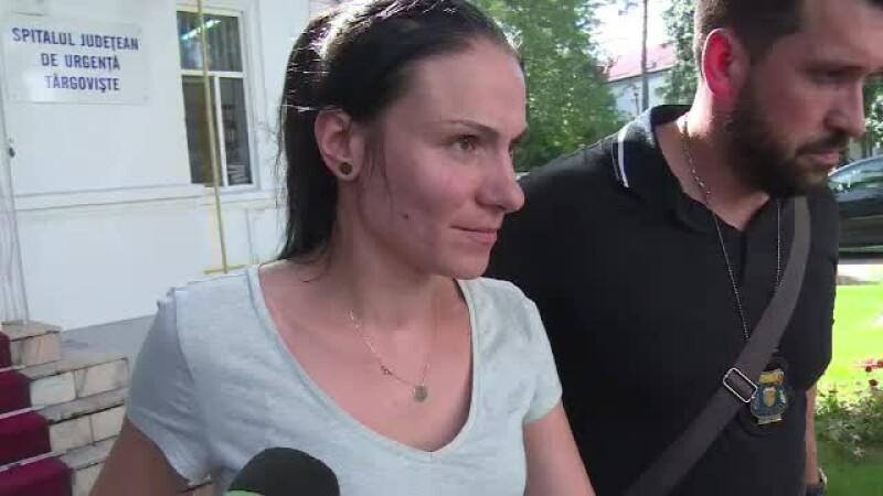 O asistentă a chinuit un bebeluș bolnav și abandonat de mamă. Femeia a râs apoi de situație