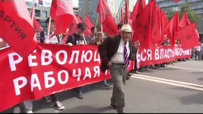 Proteste uriaşe în Rusia. De ce au îndrăznit oamenii să iasă în stradă