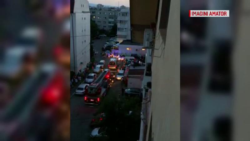 O fetiţă din Buzău a supravieţuit, după ce a căzut de la etajul 3