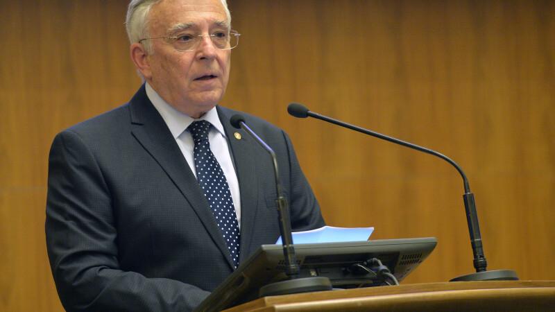CNSAS cere Curții de Apel să constate că Mugur Isărescu a fost colaborator al Securității