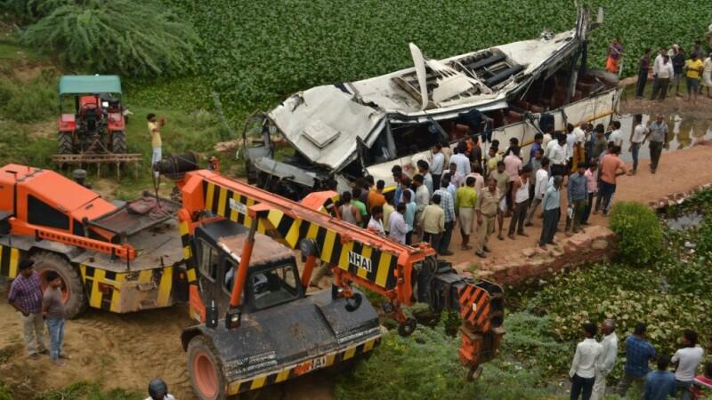Accident de autobuz în India