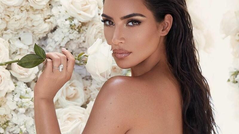 Kim Kardashian, în cea mai sexy ținută de până acum - 4