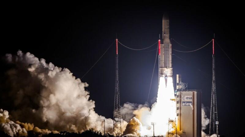 lansare racheta Ariane 5