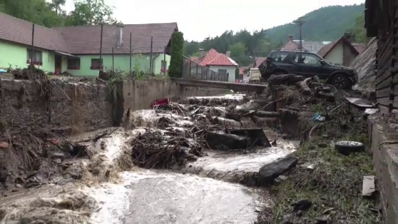 talmacel, inundatii