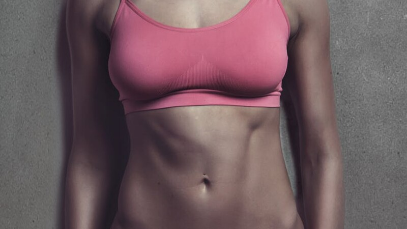 (P) Iată cum te poate ajuta banda de alergat să tonifiezi musculatura abdomenului!