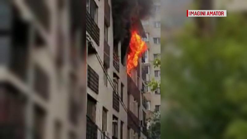 Incendiu puternic într-un bloc nou din Capitală