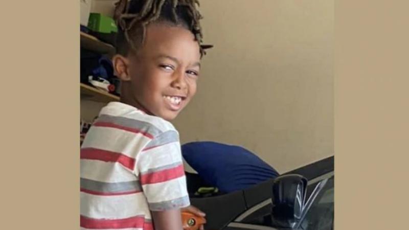 Atac armat la un mall din SUA. Un băiețel de 8 ani a fost ucis
