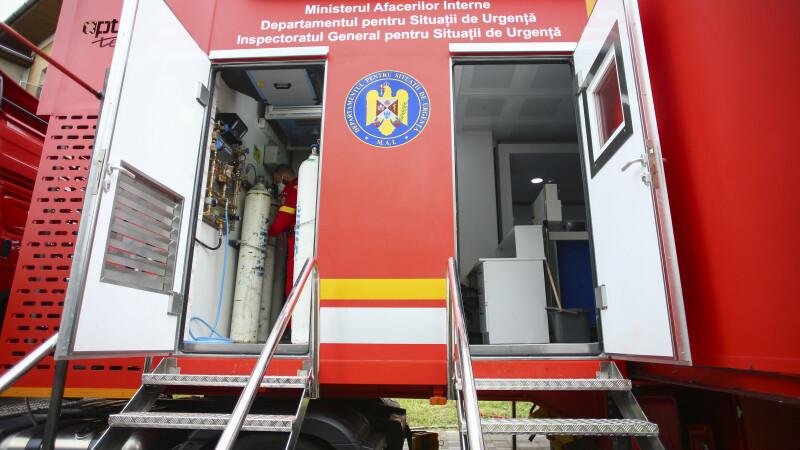 """O unitate de terapie intensivă mobilă cu 12 paturi a fost instalată în curtea Spitalului """"Victor Babeș"""" din Timișoara"""