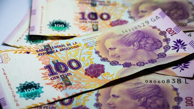 face bani în numerar)
