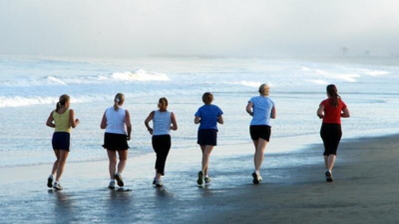 Alergare pe plaja
