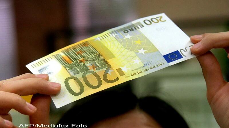 200 euro, bani