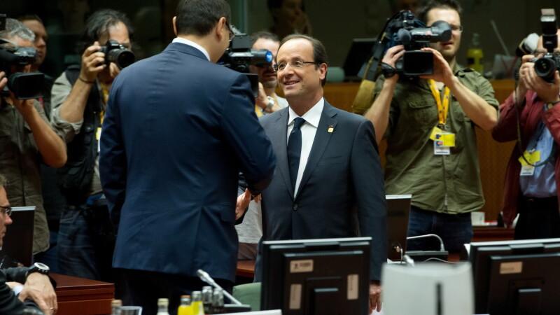 Victor Ponta si Francois Hollande la summitul UE