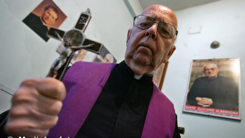 Preotul care