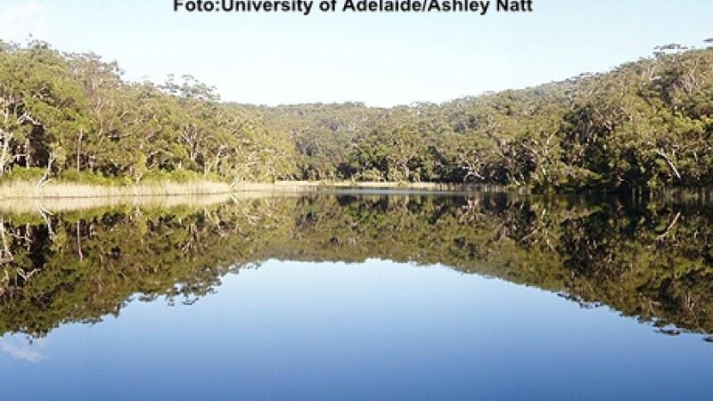 Lacul Albastru din Australia