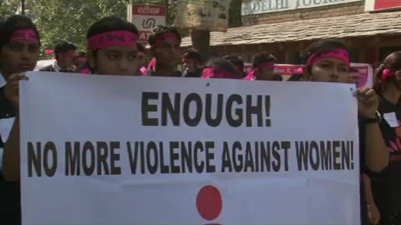 miting, violenta impotriva femeilor