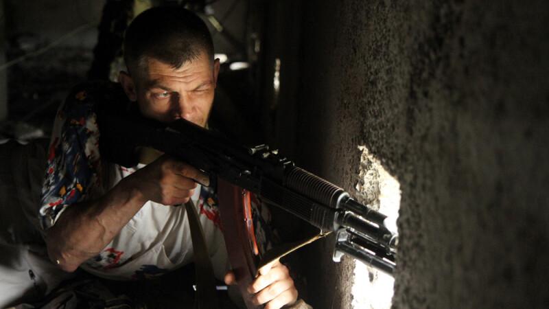 militant pro-rus in Luhansk