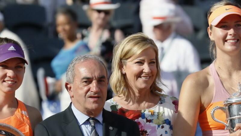 SIMONA HALEP - MARIA SHARAPOVA. Halep a pierdut finala de la Roland Garros, insa de luni va fi noul numar 3 mondial
