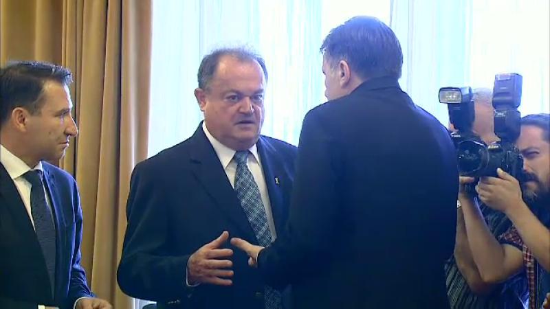 Vasile Blaga, Crin Antonescu