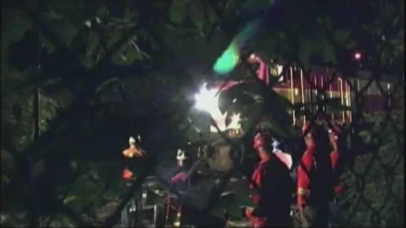 Trei morti in SUA, dupa ce masina de teren in care se aflau a fost lovita de un tren care circula cu 200 de kilometri la ora