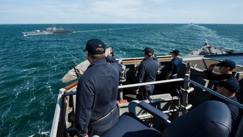 distrugatorul USS ROss in Marea Neagra