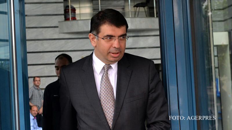 Ministrul Justitiei, Robert Cazanciuc, paraseste sediul CSM