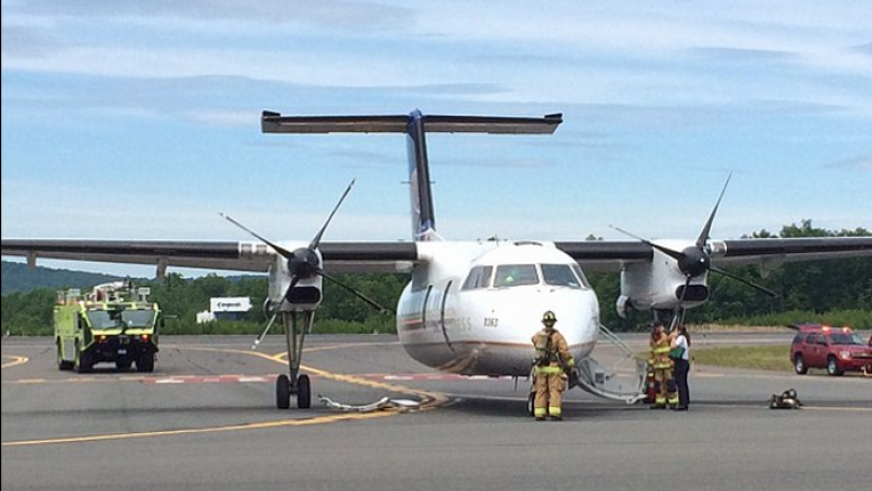 Un avion al companiei United Express a aterizat de urgenta, dupa ce un incendiu a izbucnit la bord: \