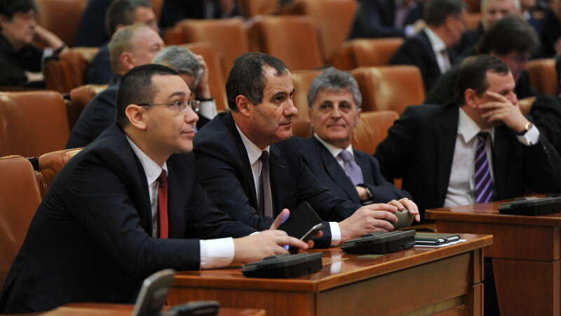 Victor Ponta in Parlament - AGERPRES