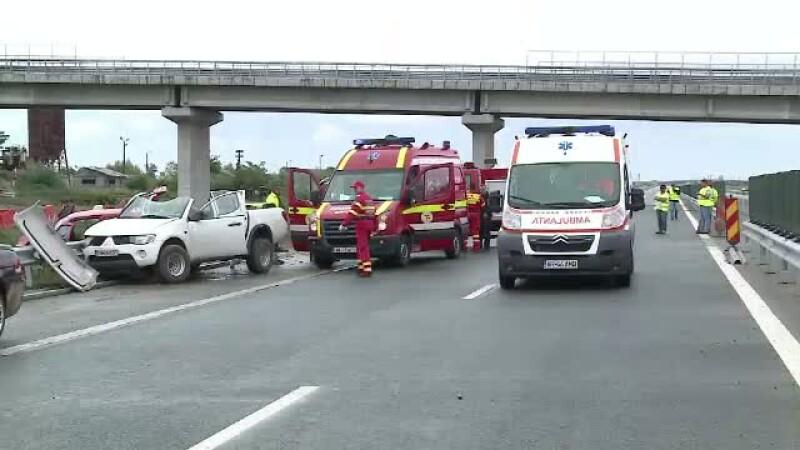 Sapte raniti intr-un accident petrecut pe autostrada Arad - Nadlac, inchisa circulatiei. Cum a fost posibil