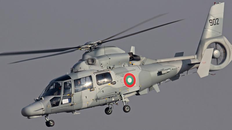 Elicopter al armatei bulgare