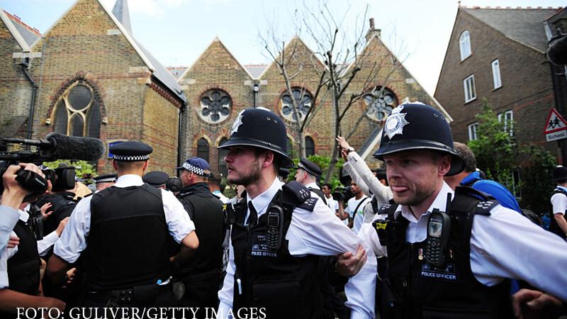 politisti britanici Kensington