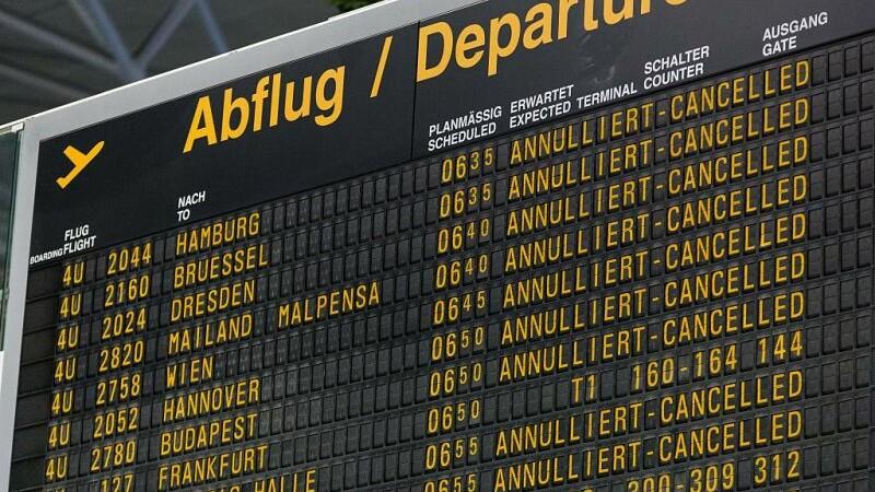 Activitatea aeroportului din Stuttgard, suspendata