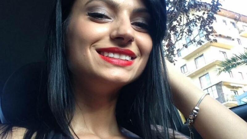 Accident grav in Gorj. O soferita de 26 de ani n-a mai avut nicio sansa dupa ce a intrat cu viteza intr-un copac