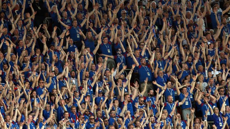 Spectacol magic oferit de galeria islandezilor, înaintea meciului cu Argentina. VIDEO