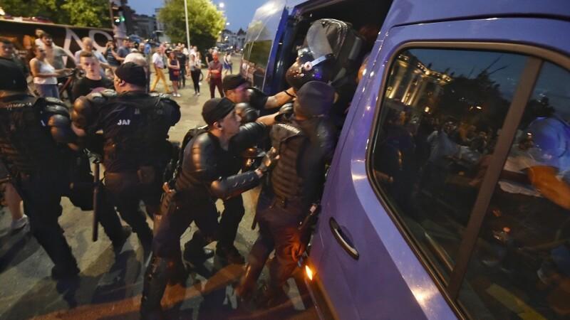 incidente jandarmi Piata Victoriei