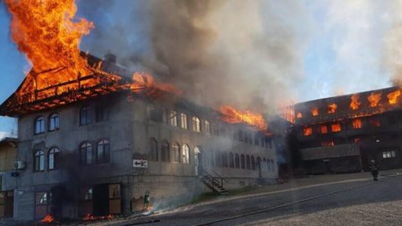 incendiu la chiliile Mănăstirii Roşiori
