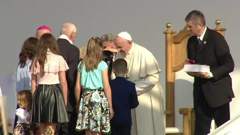 Papa Francisc, părinte pentru toți. O familie cu 11 copii, mesaj în fața Suveranului Pontif