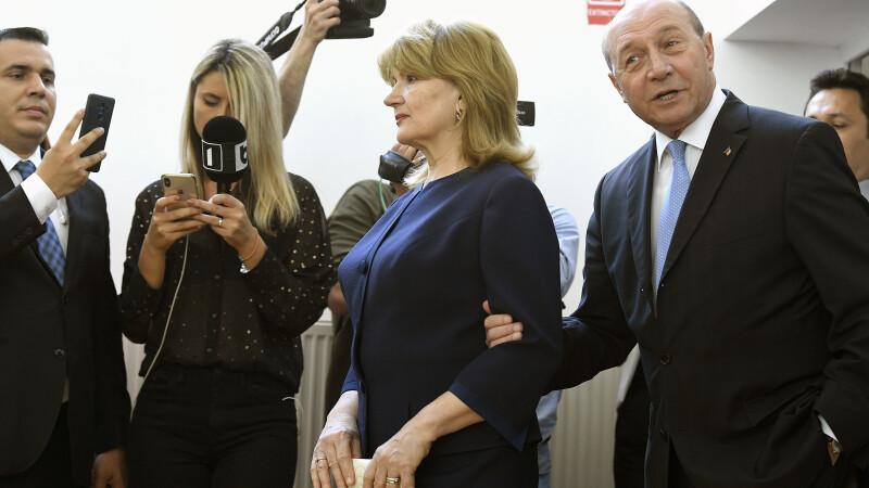 Traian Basescu, Maria Basescu