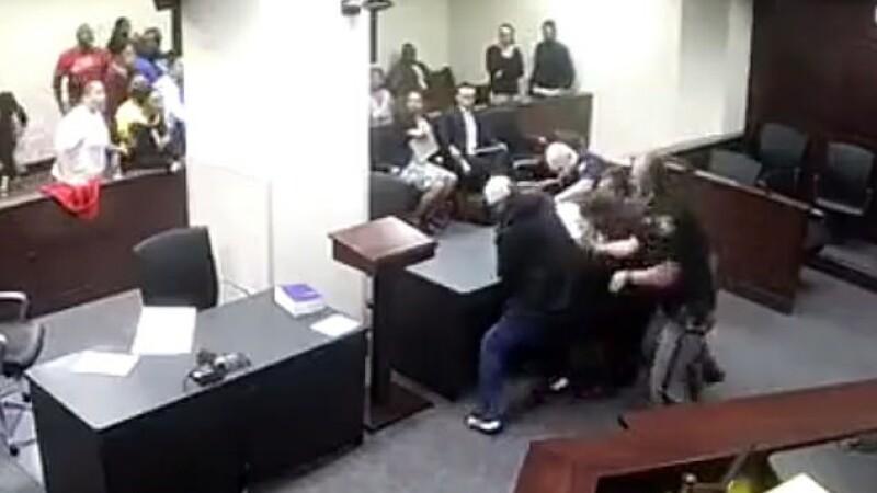 Juraţii s-au speriat teribil de reacţia fiului victimei. Ce face când vede criminalul. VIDEO