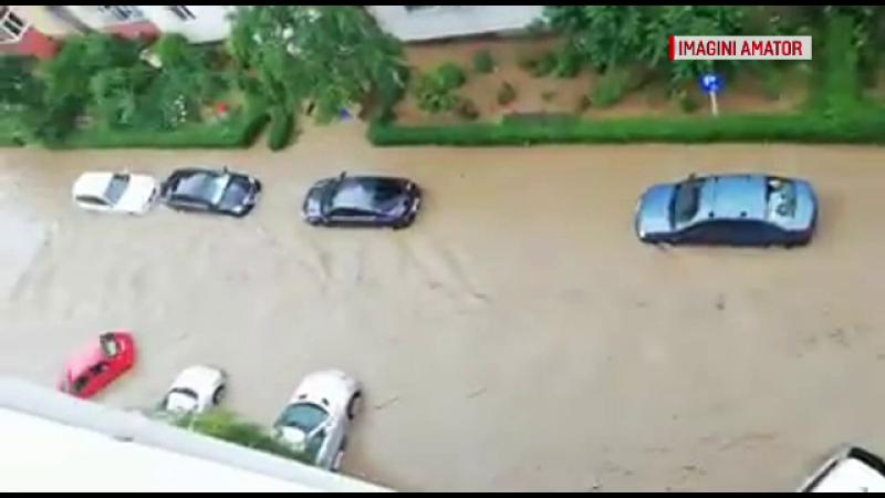 Ploile fac ravagii în țară