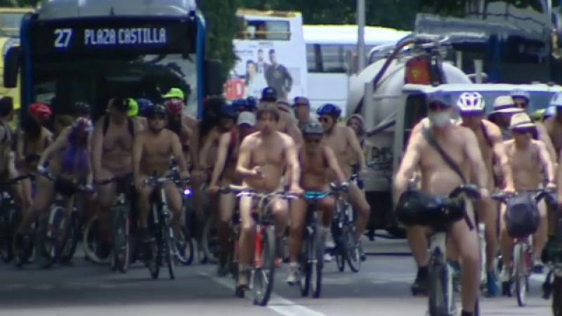 Ciclisti dezbracati